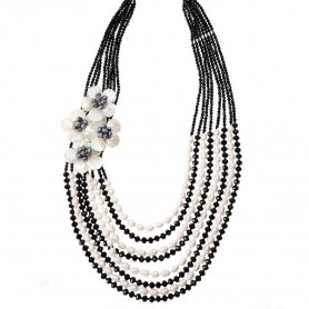 Ottaviani - Collana con perle, madreperla e cristalli. 500540C